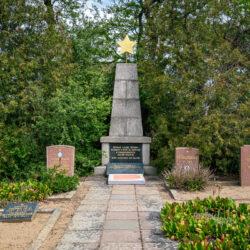 Soviet memorial Alt Mahlisch