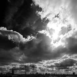 Himmel über Ostberlin